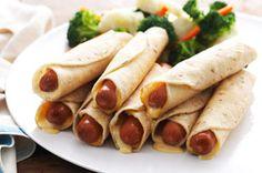 Flautas de salchichas con queso