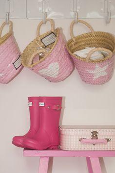 Twenty Violets Tassen & Manden voor zomers naar het strand, als shopper naar de winkel, of als woondecoratie in uw woning. http://www.stylebird.nl/index.php?route=product%2Fmanufacturer%2Finfo&manufacturer_id=23