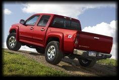 At VanDevere Chevrolet in Akron Ohio, we are here to find the right Chevy Colorado for you.