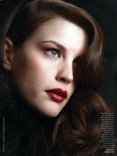 LOVE the hair and lips.  Plus, Liv Tyler is just gorgeous.