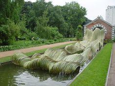 Tetsunori Kawana, Wave, (2005). Bamboo Sculpture