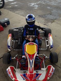 Birel Rotax Junior Max best kart chassis ever :) Kart Racing, Karting, Cool Motorcycles, Go Kart, Fun Stuff, Vehicles, Kids, Auto Racing, Home