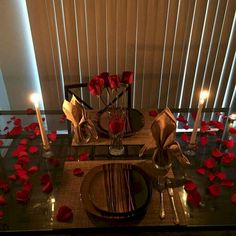 🌟🌱Romantic Surprise for her? True Love,tell me im beaut. - 🌟🌱Romantic Surprise for her? True Love,tell me im beautiful,just thoughts, - Romantic Dinner Tables, Romantic Dinner Setting, Romantic Room, Romantic Night, Romantic Dinners, Romantic Ideas, Fun Valentines Day Ideas, Valentines Day Dinner, Valentine Recipes