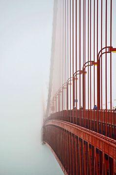 A unique look at the Golden Gate Bridge - San Francisco, California