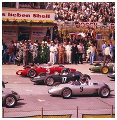 Nürburgring Nordschleife GP da Alemanha 1961. Wolfgang Berghe von Trips (3), Graham Hill (17).