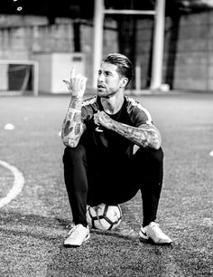 "Nike Sergio Ramos Tiempo 7 ""Corazón y Sangre"" - ""Heart & Blood"" - SoccerBible Real Madrid Captain, Real Madrid Wallpapers, Real Madrid Players, Cristiano Ronaldo 7, Wife And Girlfriend, Mothers Day Gifts From Daughter, Soccer Players, Bad Boys, Fitness Inspiration"
