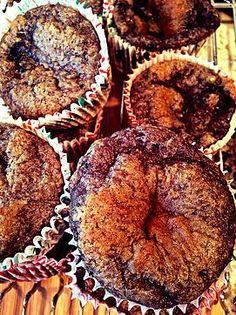 Blackberry Vanilla Muffins by Slender Seven - 1 c. flour (reg or GF), 1/2 c. @Susan Glendenning® sweetener products baking blend, 1 tbsp. vanilla extract, 1/2 c. unsweetened applesauce, 1 1/2 tsp. baking soda, 2 egg whites, 1 c. blackberries