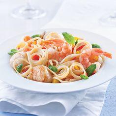 Linguines aux fruits de mer, sauce safranée - Les recettes de Caty Poke Bowl, Nutrition, Pasta Recipes, Seafood, Spaghetti, Cooking, Ethnic Recipes, Mamma, Noodle