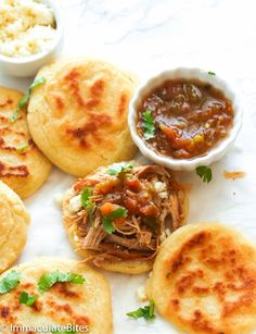 Arepas - are flat, round, savory unleavened patties made with only 5 ingredients; crispy on the outside and tender on the inside. Pork Recipes, Mexican Food Recipes, Healthy Recipes, Ethnic Recipes, Simple Recipes, Sandwich Recipes, Delicious Recipes, Free Recipes, Guacamole