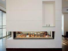 Gas- Kamin mit 2 Sichtseiten mit Panoramafenster LINEA 150 TUNNEL by BRITISH FIRES
