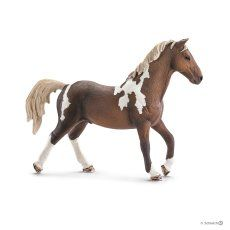Schleich Trakehner Stallion - The Trakehner is a light warmblood breed of horse, originally developing in the town of Trakehnen. Schleich Horses Stable, Horse Stables, Dressage, Horse Toys For Girls, Figurine Schleich, Bryer Horses, Warmblood Horses, Zoo Animals, My Animal