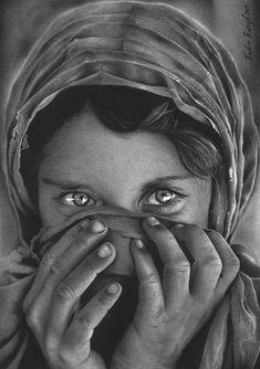Fabio Rangel's incredible pencil drawings - Moyiki Sites Pencil Drawings Of Nature, Pencil Portrait Drawing, Realistic Pencil Drawings, Portrait Sketches, Cool Art Drawings, Art Drawings Sketches, Portrait Art, Rose Drawings, Animal Drawings