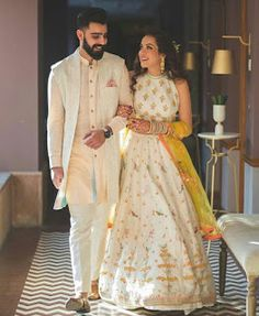 21 Fashionable & Dapper Mehndi Outfit Ideas for Your Groom Engagement Dress For Groom, Indian Engagement Outfit, Couple Wedding Dress, Wedding Dresses Men Indian, Indian Wedding Couple, Engagement Dresses, Indian Bridal, Wedding Attire, Indian Weddings