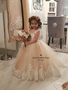 Wonderful Perfect Wedding Dress For The Bride Ideas. Ineffable Perfect Wedding Dress For The Bride Ideas. Dream Wedding Dresses, Bridal Dresses, Wedding Gowns, Bridesmaid Dresses, Cute Flower Girl Dresses, Little Girl Dresses, Girls Dresses, Lace Flower Girls, Baby Dress