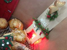 Just  a little for my #new#christmas #House#breakfast#Fireplace#biscuit#Door#cookies#deer#cookie#armChair#Redvelvet#Cupcakes#biscuitHouse#christmascakes #brioche#SfogliatellA#croissant#Nutella#Cioccolato#chocolate #sessaspecialeventandcakes #sessaartigianidelgusto#fireplace#ChimneyBiscuit#Noel