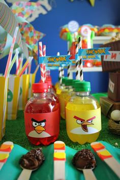 Torta Angry Birds, Cumpleaños Angry Birds, Bird Birthday Parties, Leo Birthday, First Birthdays, Bird Party, Party Ideas, Christmas Ornaments, Holiday Decor
