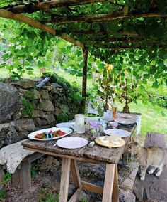 french living - the al fresco dining season - french living – the al fresco dining season – MY FRENCH COUNTRY HOME - My French Country Home, French Country Bedrooms, Country Style Homes, French Cottage, Country Charm, Cottage Farmhouse, Cottage House, Farmhouse Style, French Decor