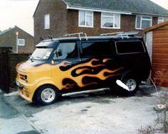 Old skool custom van. Bedford Van, Bedford Truck, Dodge Van, Chevy Van, Customised Vans, Custom Vans, Mens Vans Shoes, Vans Men, Camper