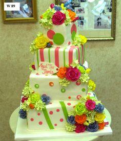 Carlo's Bakery -- this looks too fun! Square Wedding Cakes, Elegant Wedding Cakes, Beautiful Wedding Cakes, Wedding Cake Designs, Beautiful Cakes, Amazing Cakes, Crazy Cakes, Fancy Cakes, Carlos Bakery Cakes
