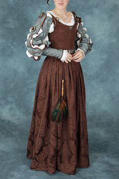 Women's Renaissance Elizabethan Noble Gown With by americanduchess, $99.00