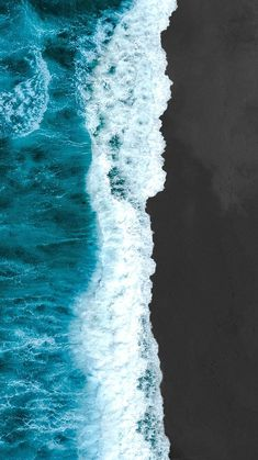 Pretty Wallpapers Backgrounds For iPhone: Ocean Wallpaper iPhone Waves Ocean Wallpaper, Wallpaper Iphone Cute, New Wallpaper, Aesthetic Iphone Wallpaper, Aesthetic Wallpapers, Wallpaper Backgrounds, Pretty Iphone Backgrounds, Walpaper Iphone, Animal Wallpaper