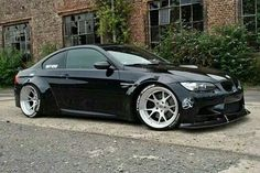BMW E92 M3 black - more amazing cars here: http://themotolovers.com☆~☆