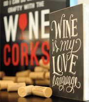 Clover Hill Vineyards holiday gift shop products