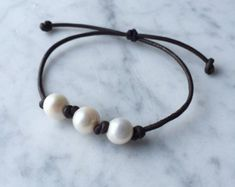 Items similar to Leather pearl bracelet - pearl leather jewelry - leather bracelet with white pearl - seaside on Etsy