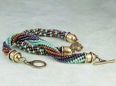 How to Do the Twisted Herringbone Stitch #Seed #Bead #Tutorials