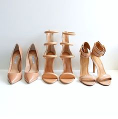 NUDE SHOES...