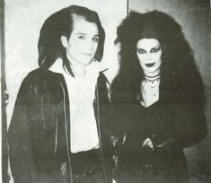 Patricia Morrison and Dave Vanian in 1985.
