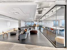 Saatchi & Saatchi Office by M Moser Associates - Office Snapshots
