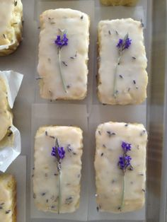 Lemon Iced Lavender Tea Cakes, so pretty for a garden wedding or high tea Tea Cakes, Cupcake Cakes, Cupcakes, Tea Recipes, Dessert Recipes, Cooking Recipes, Just Desserts, Delicious Desserts, Yummy Food