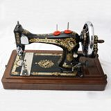Singersewinginfo.co.uk   (Singer 28K)---Very interesting site full of information of all sorts on vintage and antique Singers.  http://www.singersewinginfo.co.uk/gallery_machines/