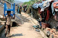 난민 구호가 잘되면 더 밀려온다? [2014.05.12 제1010호]       [세계_ 버마 로힝야, 제노사이드 경보 ① 방글라데시의 로힝야 난민들] '난민 교육 금지' 정책으로 교육받지 못하고,  금방이라도 쓰러질 듯한 집에서 지내는 난민들