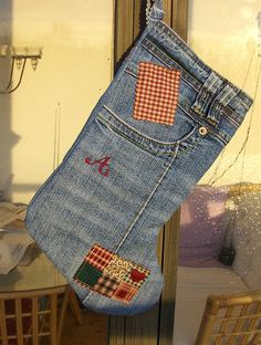 Recycled denim stocking Photo only Christmas Sewing, Christmas Projects, Holiday Crafts, Christmas Crafts, Rustic Christmas, Jean Crafts, Denim Crafts, Sewing Hacks, Sewing Crafts