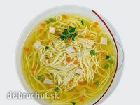 Traditional Slovak foods concentrates heavily on meat (particularly pork), potatoes, cheeses, dumplings, and rich sauces. Chicken Broth Soup, Chicken Noodle Soup, Soup Broth, Image Of Snacks, Food 101, Dumplings, Spaghetti, Spices, Pork