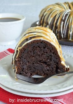 Add a salty and sweet twist to your chocolate bundt cake with salted caramel! | dessert recipe