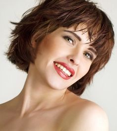 40 Best Hairstyles For Women Over 50 With Round Faces Images Short