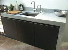 Keuken zwart met betonnen blad