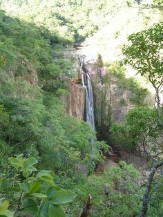 Conozca la CATARATA DE PARABANO para saber mas haga click en la imagen Waterfall, Outdoor, Santa Cruz, Outdoors, Waterfalls, Outdoor Games, Rain, Outdoor Living