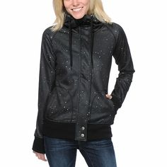 Stay warm in out of this world style with the Oracle tech fleece jacket from Empyre Girl. Coming in an allover Black galaxy print, this Empyre snow fleece jacket has a soft bonded fleece exterior while the polyester shell will help keep water out so you can stay warm and dry in style.