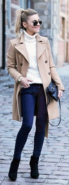 Michael Kors OFF! Casual Camel Coat Cream Knit Sweater and Dark Jeans Black Crossbody Black Ankle Boots Sunglasses Gold Michael Kors Watch Outfits Winter, Casual Outfits, Winter Looks, Outfits Inspiration, Fashion Inspiration, Bootfahren Outfit, Mantel Beige, Estilo Jeans, Mein Style