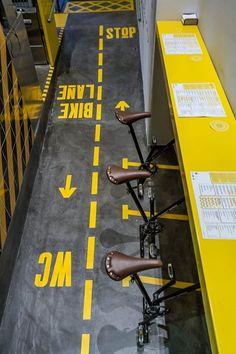 Ham on wheels, Barcelona, 2015 - External Reference
