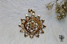 Large Sacred Geometry Flower of Life Pendant, Seed of life ,Yoga Jewellery, Tribal Pendant, Indian Brass Jewellery, Ethnic Pendant,supplies