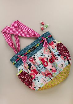 Seashore Hobo Bag (RV $64)