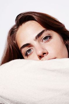 Into The Gloss kicks off Brow Month with a letter from Executive Editor Annie Kreighbaum on why brows are worth 30 days (or more even) Big Eyebrows, Perfect Eyebrows, Best Eyebrow Products, Best Face Products, Makeup Products, Beauty Makeup, Hair Makeup, Hair Beauty, Eyebrow Makeup