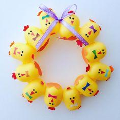 Кто тут ещё коллекционирует киндер фигурки? Капсулы можно превратить в такой веночек  #kinder #kindersurprise #капсулы #киндер #киндерсюрприз #идея #украшение #пасха #птенцы #ручнаяработа #веночек #mimishka_sweets #handmade