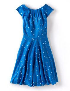 Ich habe das auf @BodenDirect entdeckt. Frühlingshaftes Kleid Blau