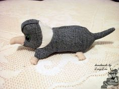 Handmade by Lissy Lou: Baby Niffler - Pistachio Hp Harry Potter, Heads And Tails, First Baby, Fantastic Beasts, Fur Trim, Pistachio, Hand Stitching, Cute Babies, Pouch